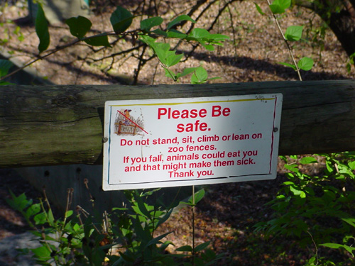 funny_zoo_sign